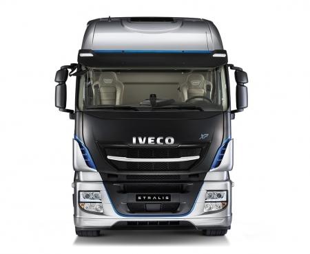 Iveco-Stralis-Kroys-05